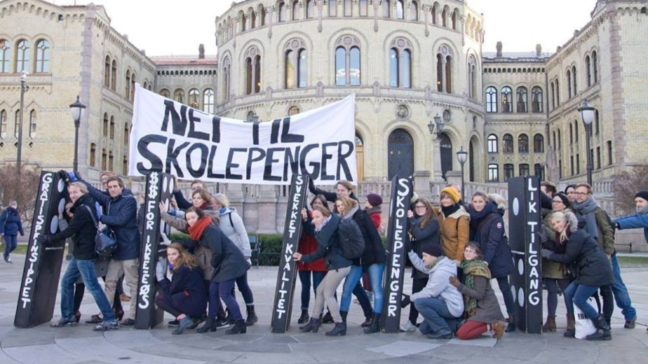Protest against levying tuition on non-European students in front of the Norwegian parliament (Storting). Photo credit: ISU-Norway. Source: NRK.